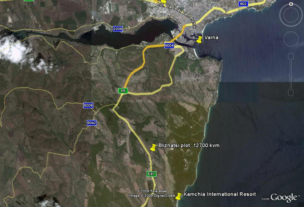 Bliznatsi: Google view of the land location and Varna City location.