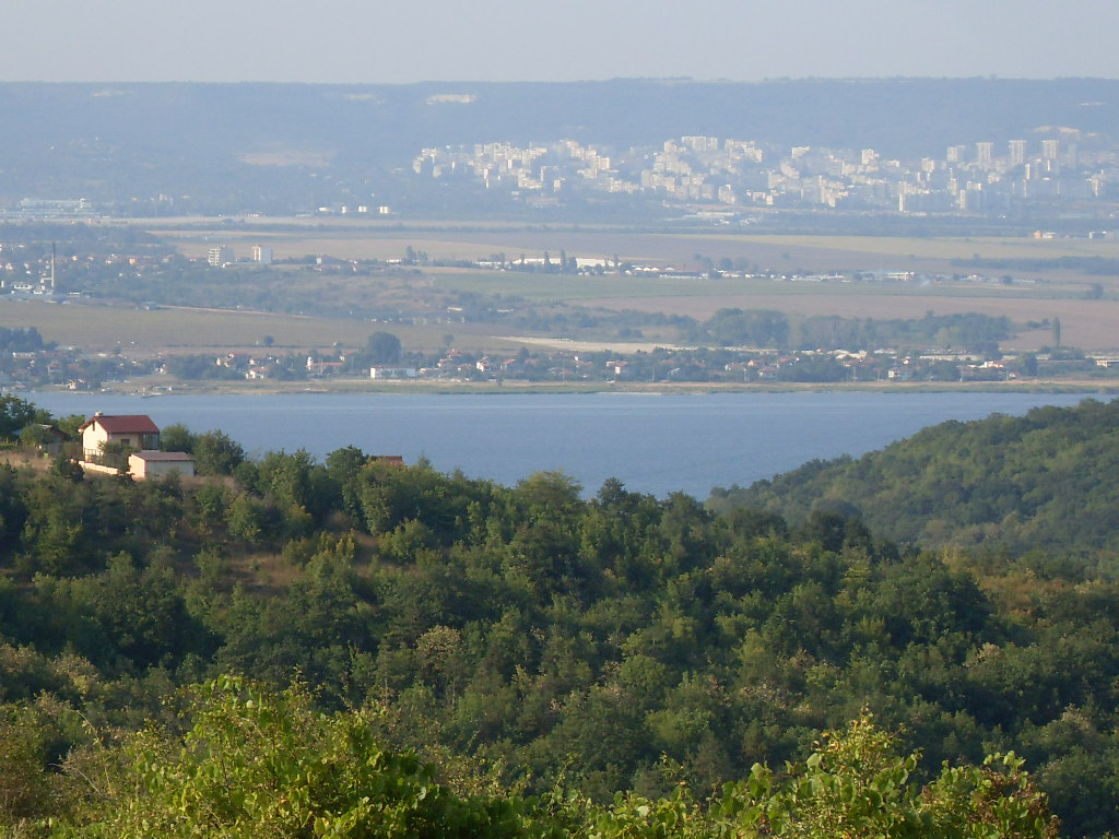 plot with great with to Varna and bordering the proposed Varna Golf Course